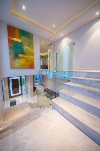 Luxux_Staircase1