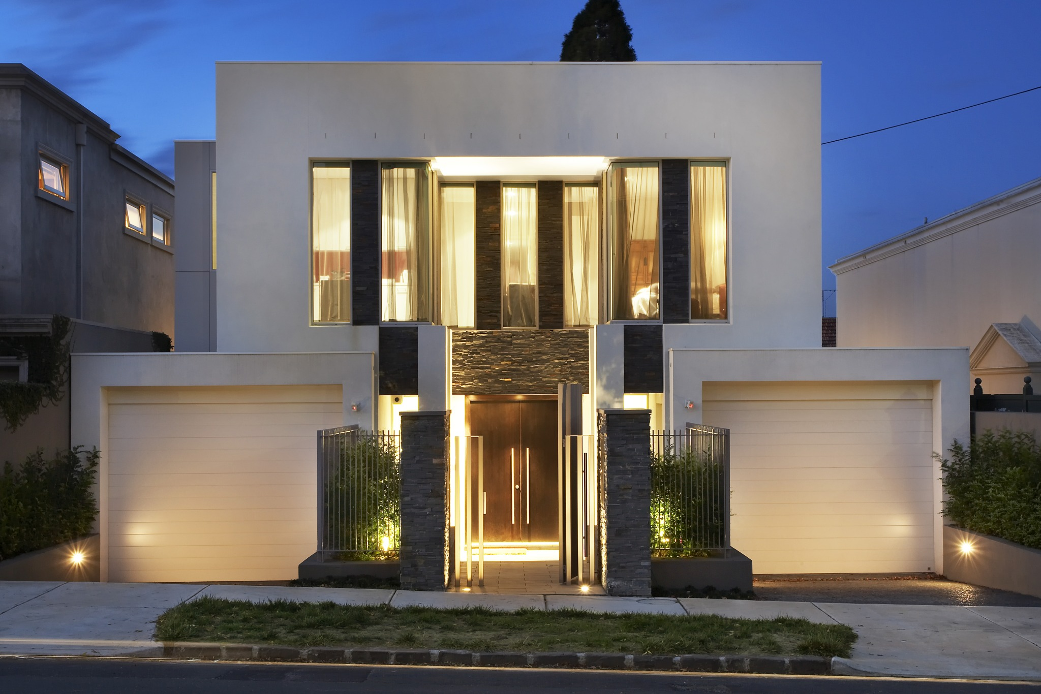 Narrow block home designs Designer house