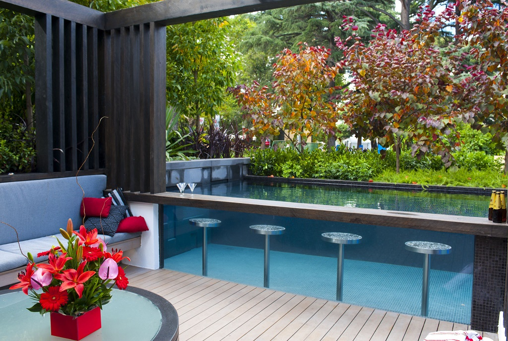 Award winning pools custom homes magazine for Pool show melbourne