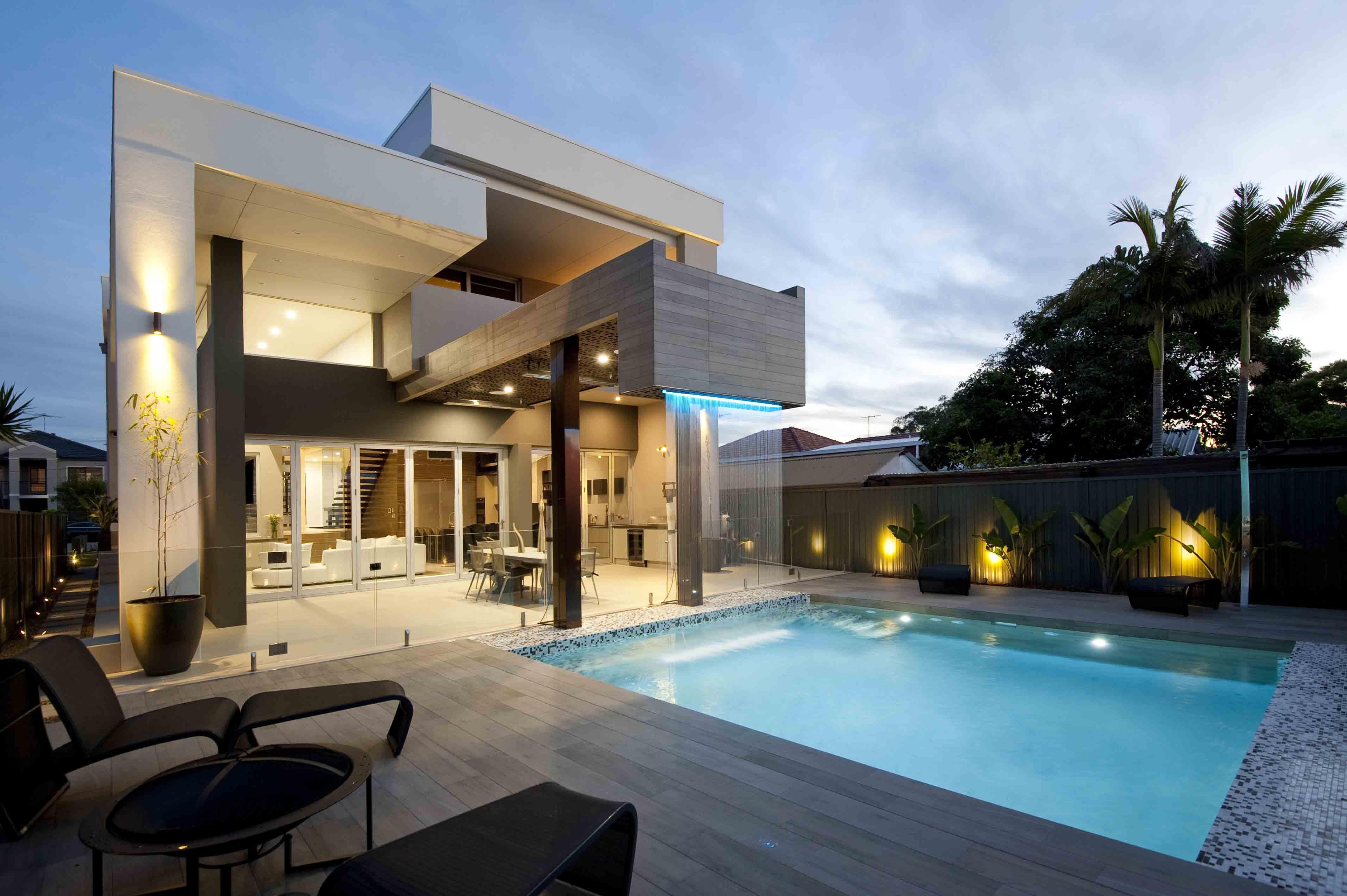 Contemporary house 2 custom homes magazine for Modern custom homes