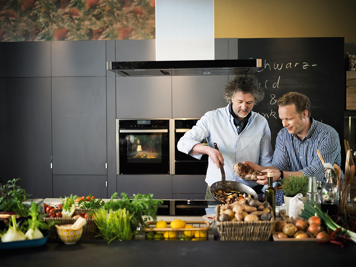 The New Neff Oven Collection_Lifestyle_09-header2
