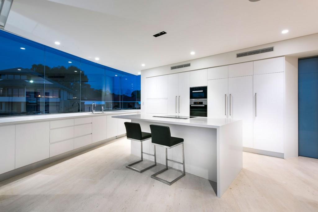 White Kitchens, Luxury White Kitchens, Beautiful White Kitchens