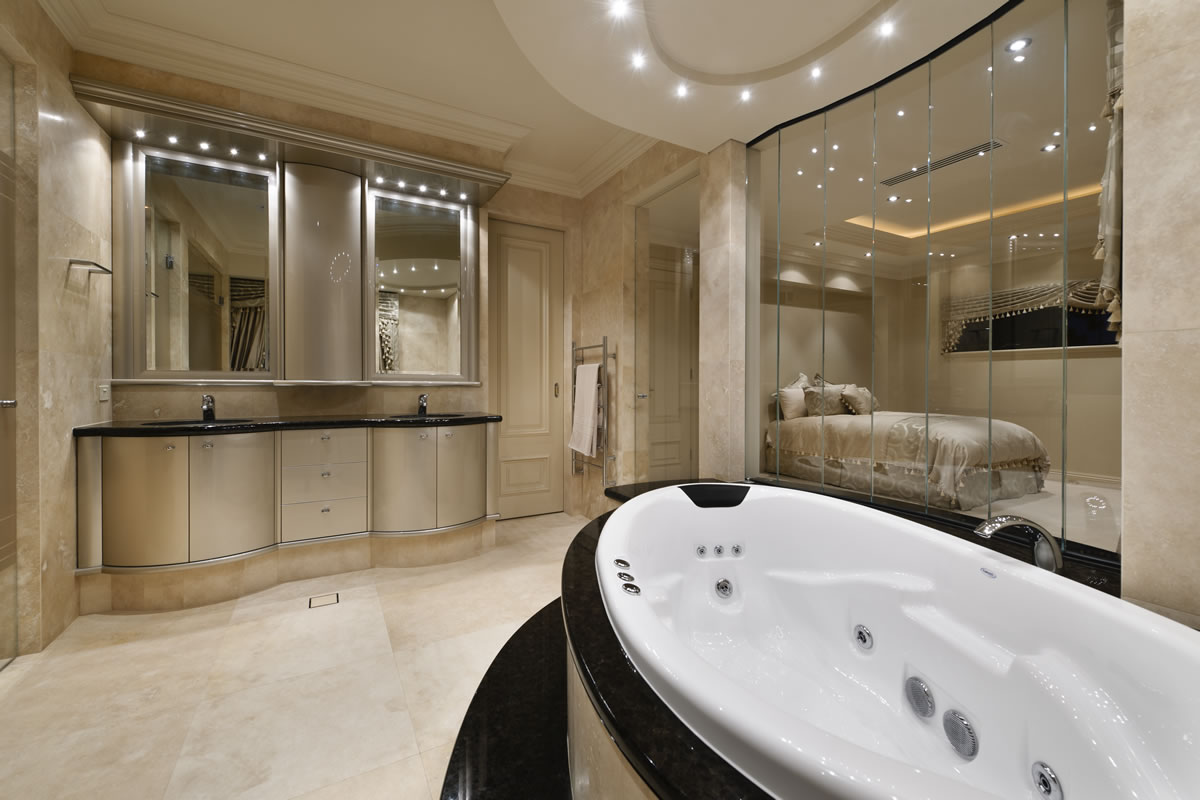 Luxury bathrooms bathroom inspiration from custom homes for The bathroom builders