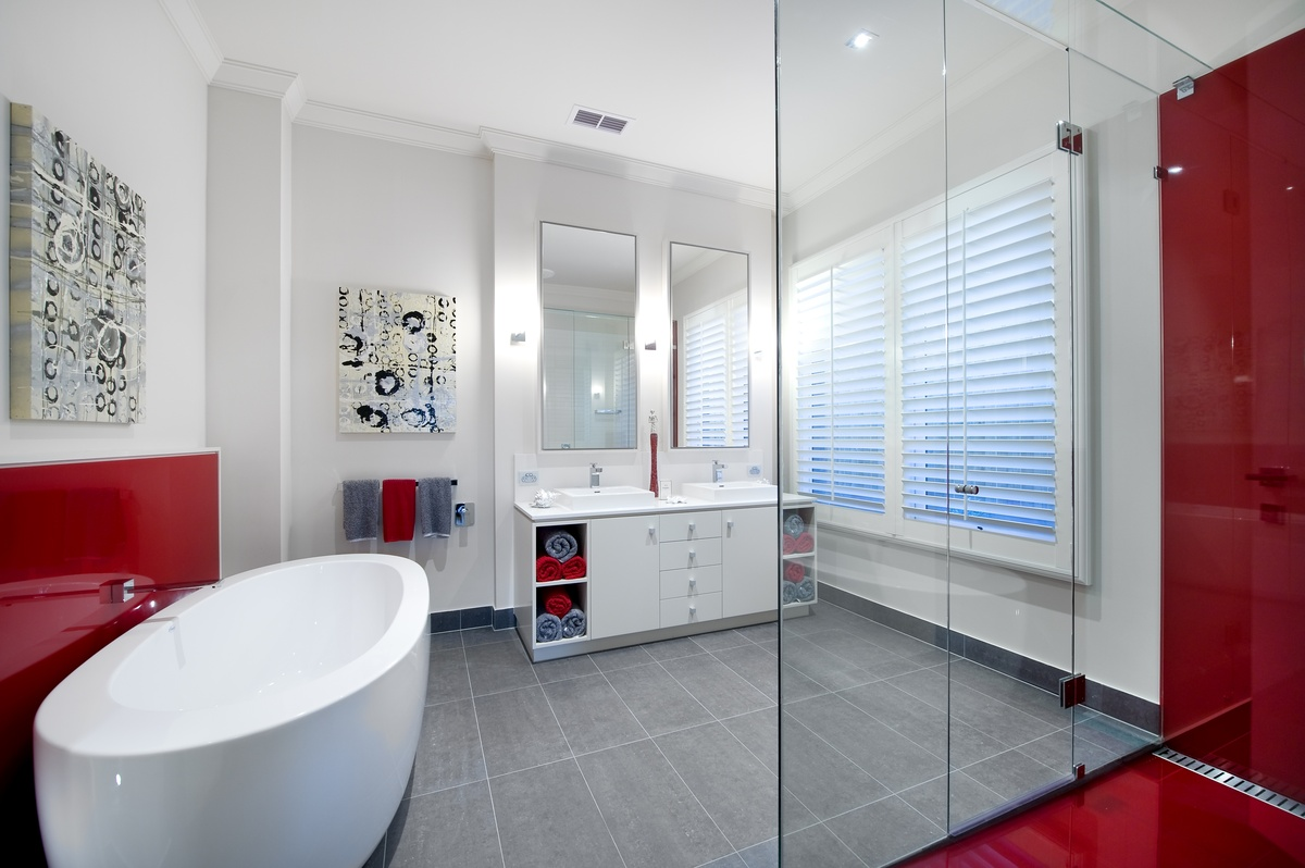 Luxury Bathrooms, Bathroom Inspiration from Custom Homes Magazine