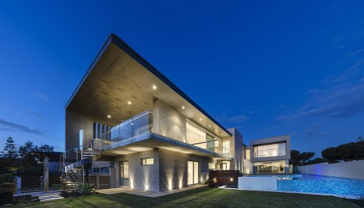CONTEMPORARY CUSTOM HOMES