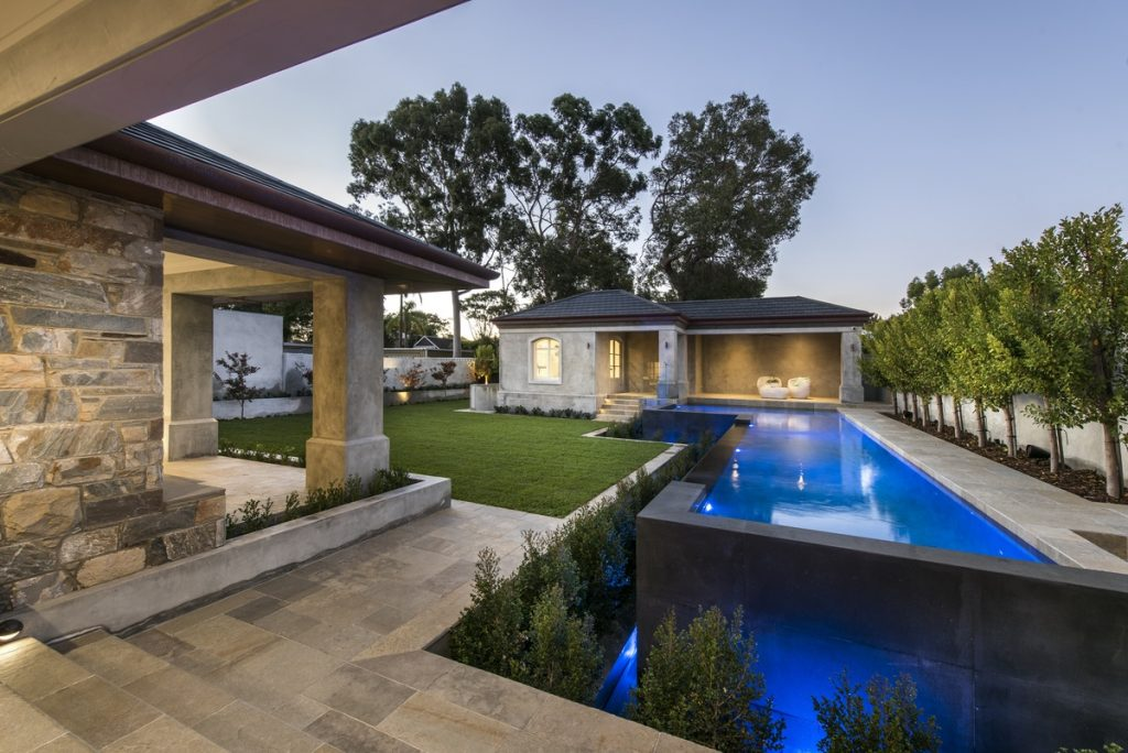 luxury-european-style-custom-home-5