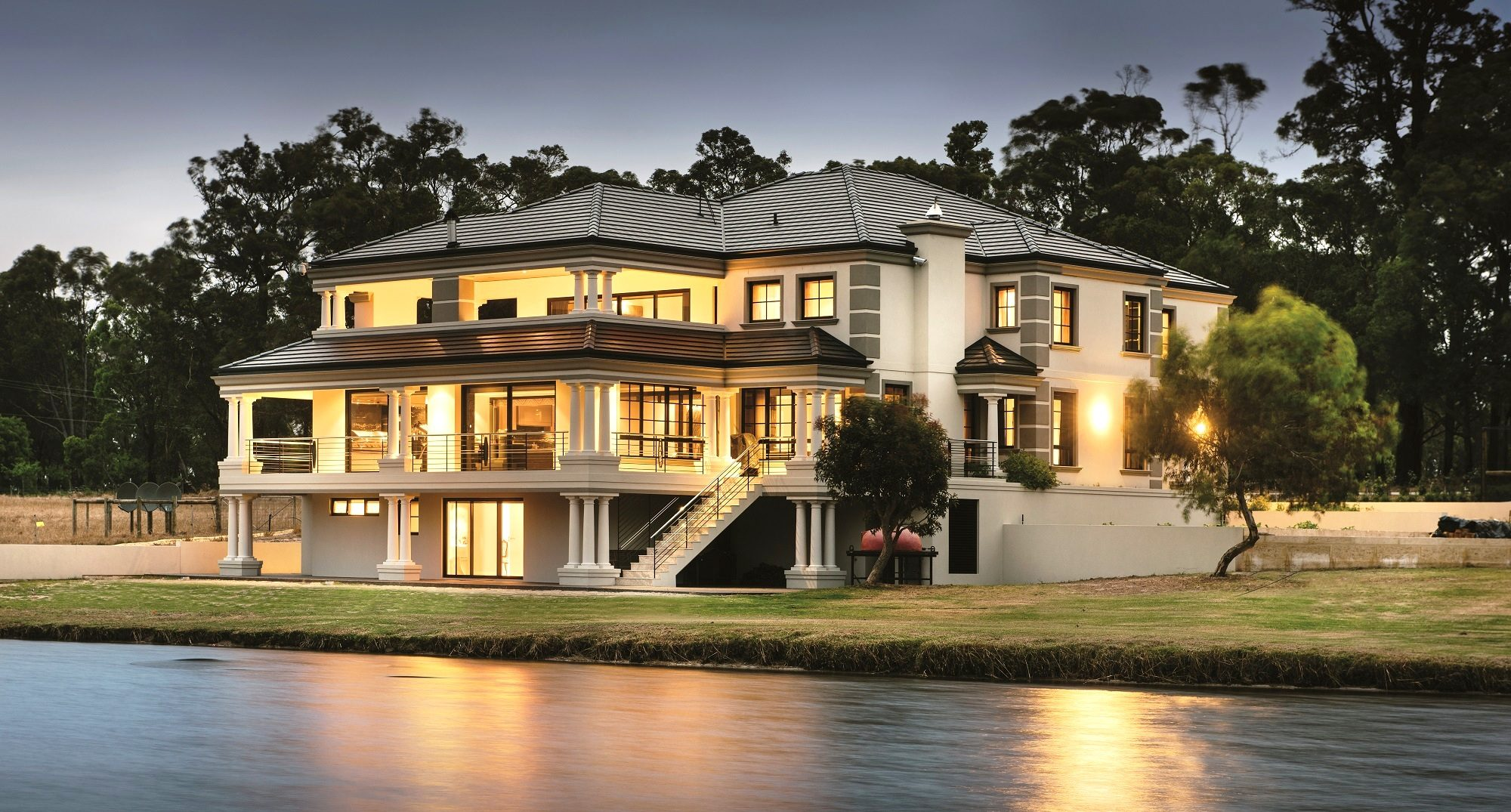 Mba top home of year wa adrian zorzi award winner for Luxury home designers