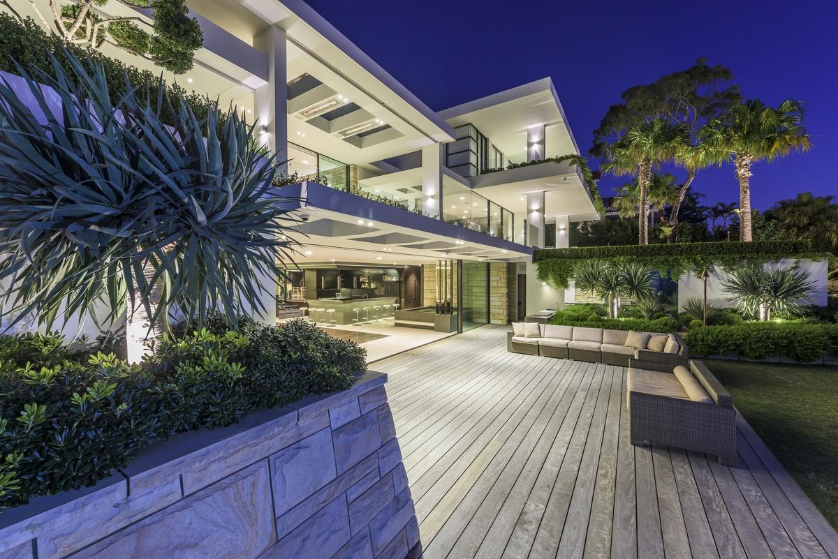 Luxury home burraneer bay nautilus house burraneer bay for Sutherland home