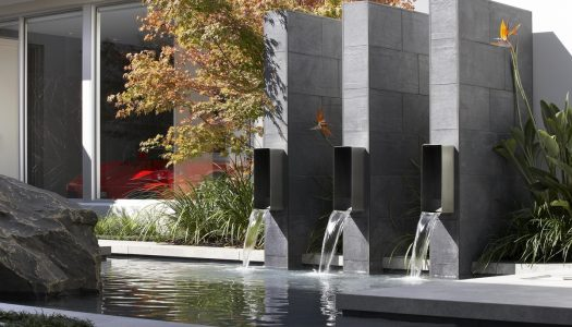 6 SPECTACULAR WATER FEATURES
