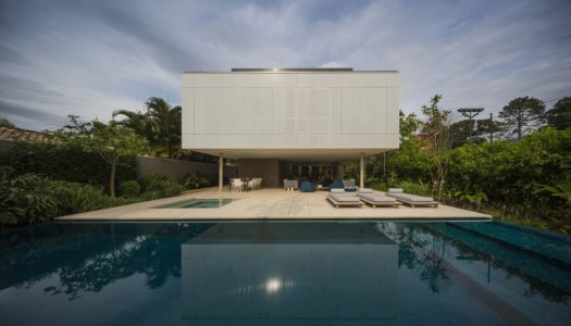 TROPICAL MINIMALIST HOME