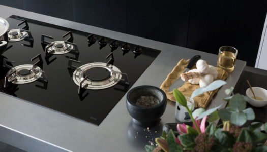 SMEG RELEASES WORLD'S FIRST BLADE FLAME