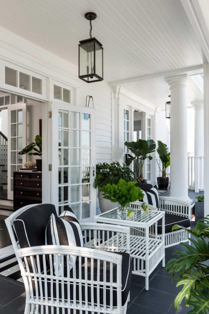 Hamptons Balcony Custom Homes Brisbane
