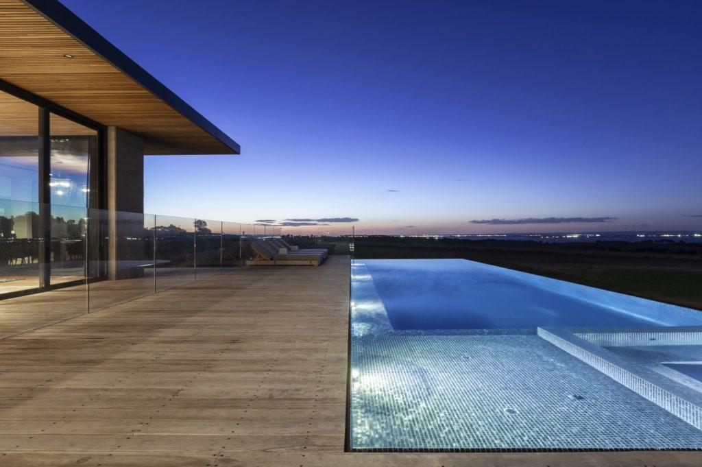 Custom Pool Builders Melbourne