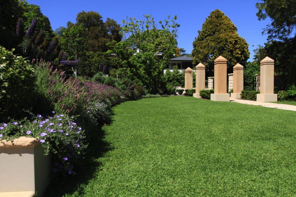 Landscaper Sydney Builders