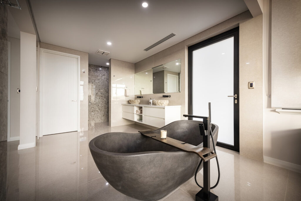 Custom Builders Perth Dark bathtub
