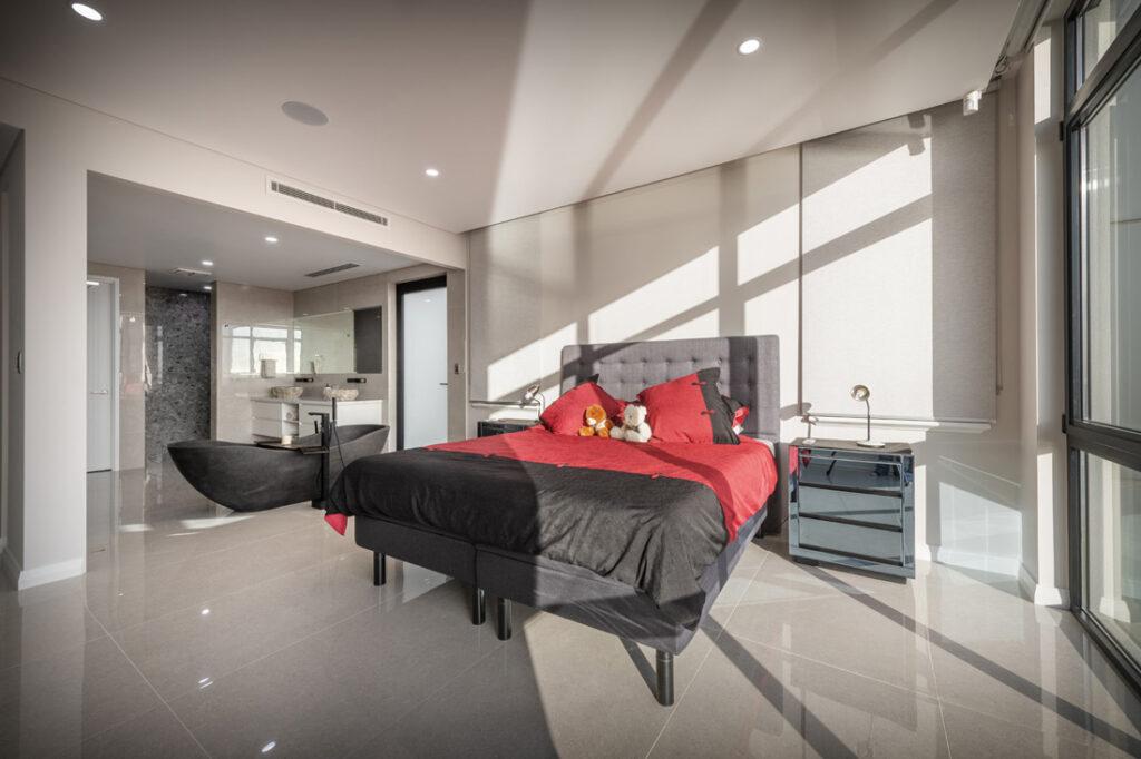 Custom Builders Perth Ensuite bedroom and bathroom