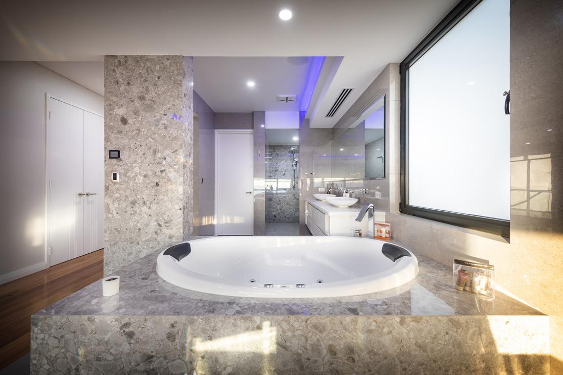 Custom Builders Perth Bathroom white bathtub