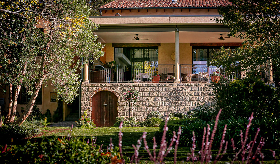 Tuscan Style Homes balconies ext