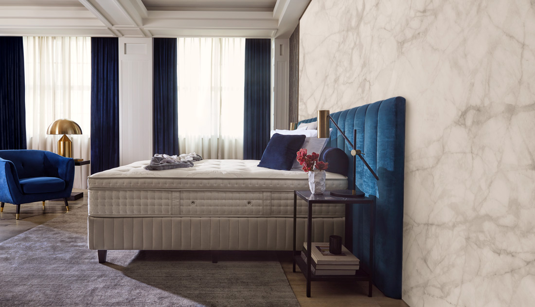 Luxury Bed with blue details