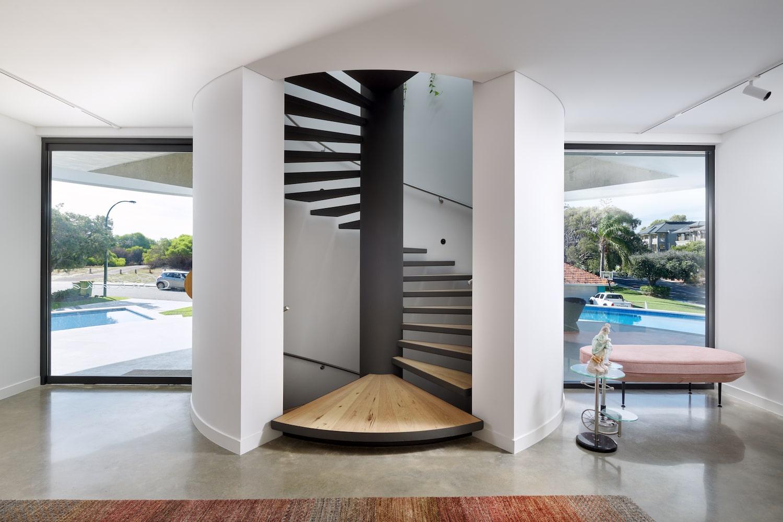 Futuristic Home 01