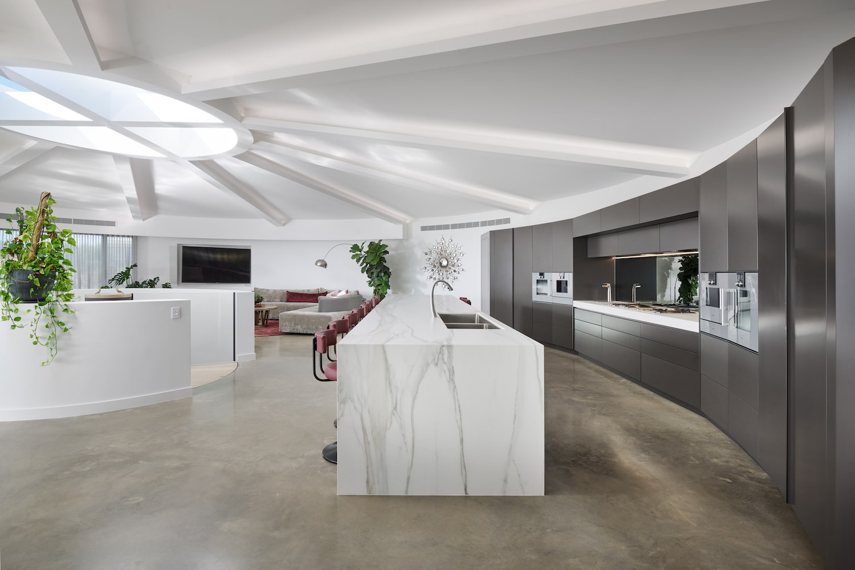 Futuristic Home 10