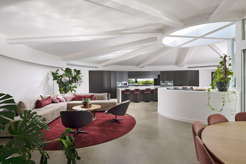 Futuristic Home 18