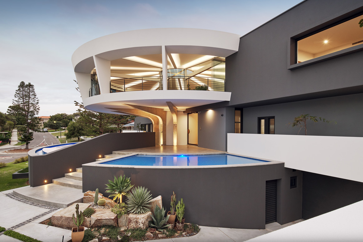 Futuristic-Home-pool and facade