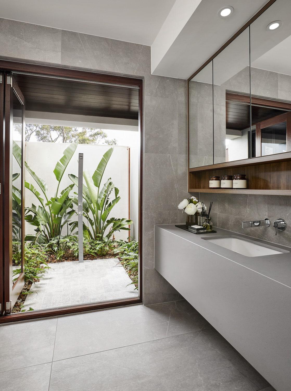 Contemporary Home - Outdoor Shower