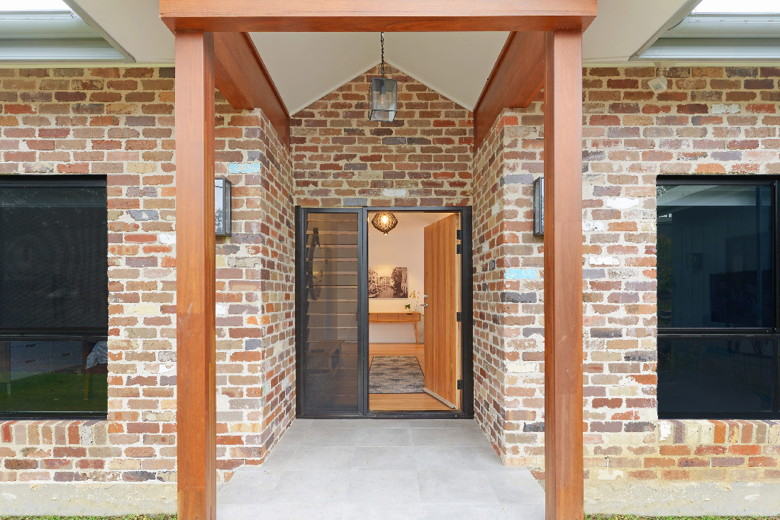 Custom-Builders-Sydney entrance