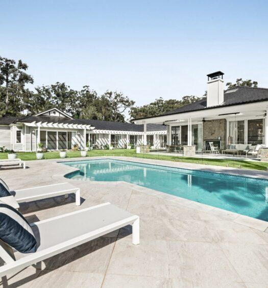 Hamptons-Style-Homes