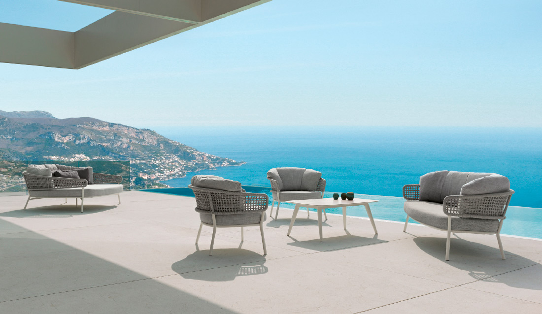 luxury outdoor furniture 1