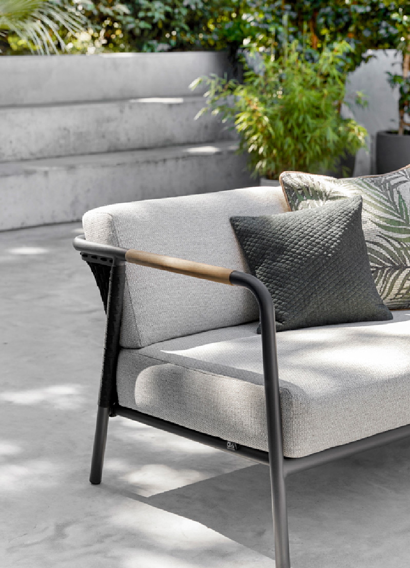 luxury outdoor furniture 32